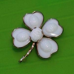 Vintage milk glass 4leaf clover center scarab pin